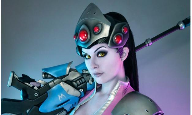 Tayla Barter 'Kinpatsu' – Overwatch Widowmaker (2016)